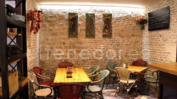 El Pimentón Tapas Interior
