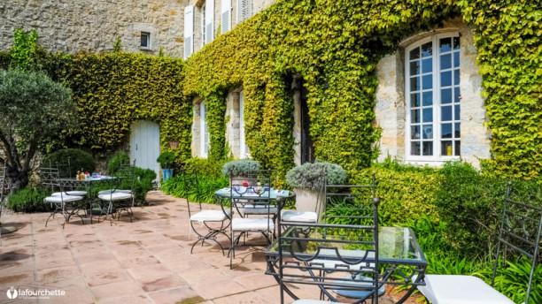 Le Manoir De L'Etang Terrasse