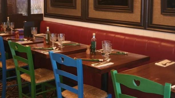 Pizzeria Napoletana Dieci Vue de la salle