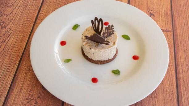 La Estaca (San Isidro Golf Club) Mouse de chocolate blanco