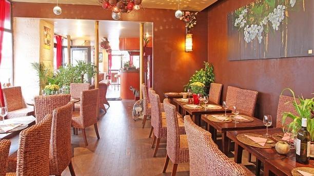 restaurant luangpra paris 75011 p re lachaise m nilmontant menu avis prix et r servation. Black Bedroom Furniture Sets. Home Design Ideas