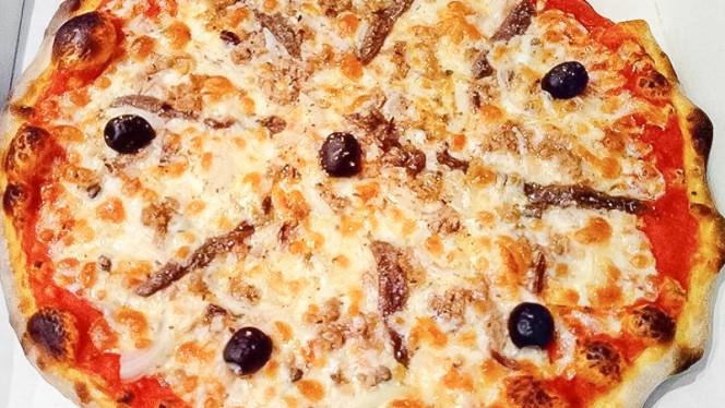 Pizza - Da Mattia Pizzeria Italiana, Porto