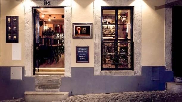 Pub Português Entrada