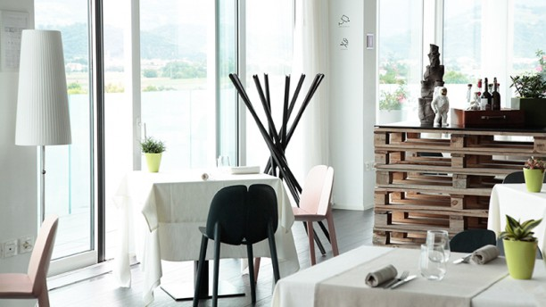 Momi Restaurant Sala panoramica