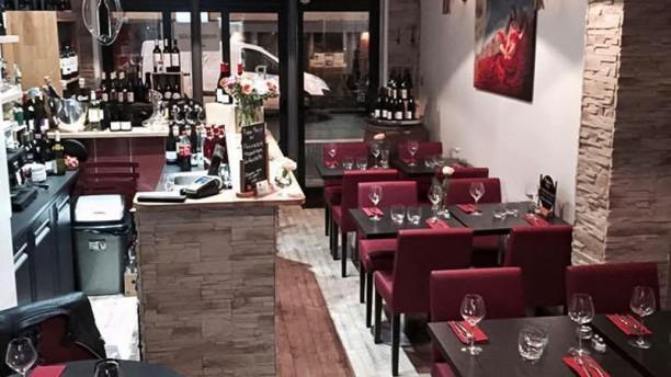 Robe Rouge Salle du restaurant