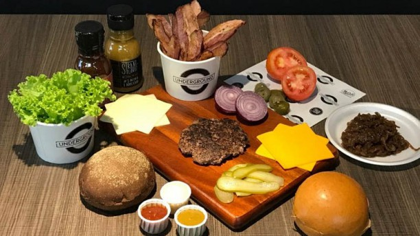 Underground Hamburgers Especialidade do chef