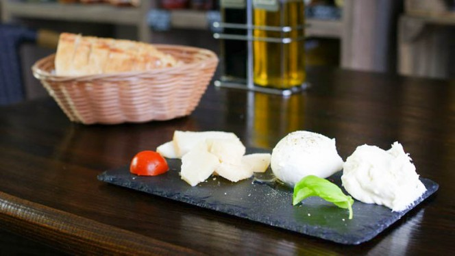 Assiette de fromages - L'Avventura, Strasbourg