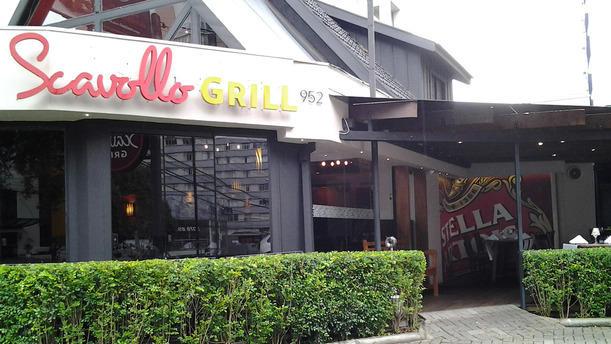 Scavollo Grill RW fachada