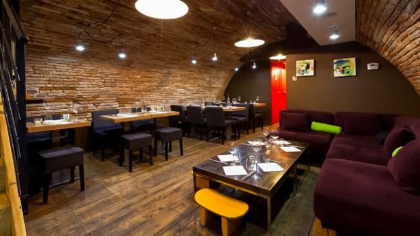 Batbat Carmes Salle du restaurant