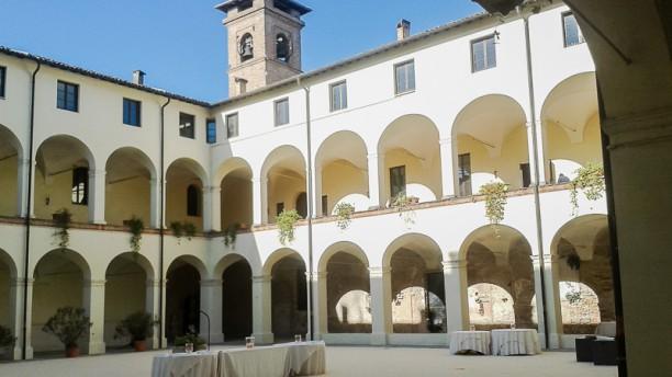 12 Monaci Esterno