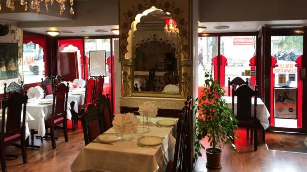 restaurant palais de l 39 inde paris 75020 p re lachaise m nilmontant avis menu et prix. Black Bedroom Furniture Sets. Home Design Ideas