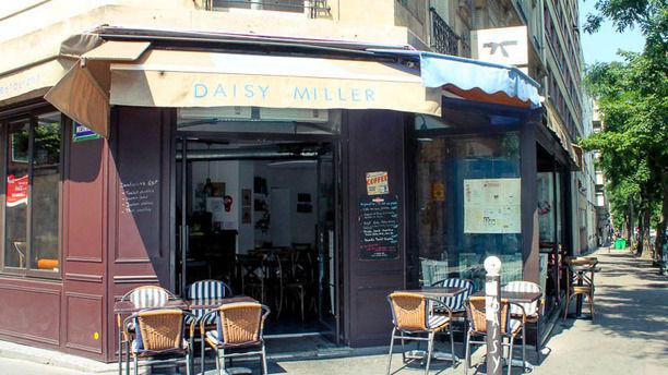 Daisy Miller Devanture