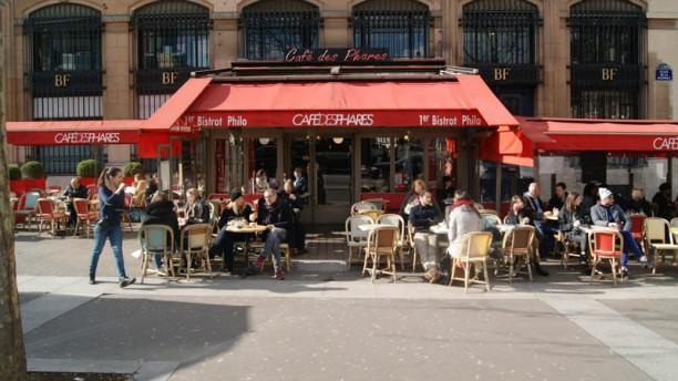 Le Café des Phares devanture
