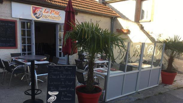 Le P'tit Boursault Terrasse