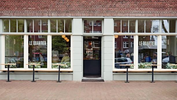 Le Quartier / Den Haag Le Quartier buiten