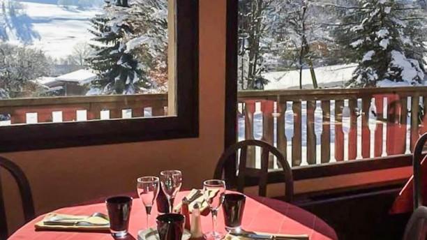 Restaurante h tel restaurant le feug la table d 39 am lie - Restaurant viroflay le verre y table ...