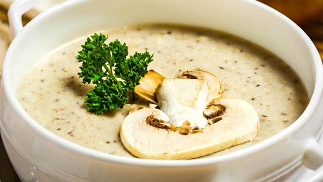 Mushroom Soup - Fishtail Restaurante, Lisboa