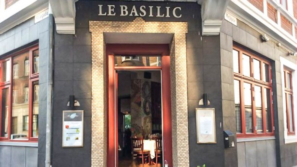 Le Basilic The entrance