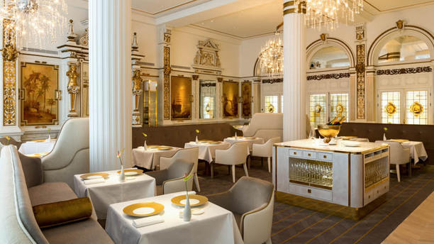 The White Room (NH Collection Grand Hotel Krasnapolsky) The White Room by Jacob Jan Boerma