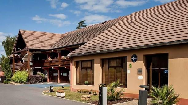 Campanile Sete Balaruc Façade du restaurant