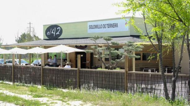El 42 Vista entrada