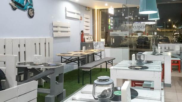 Paletes Burguer Caffé Vista da sala