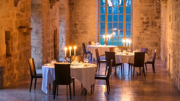 Restaurant la table de royaumont asni res sur oise - Restaurant la table des delices grignan ...