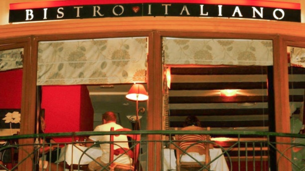 Il Bacio Bistro Italiano Vista exterior