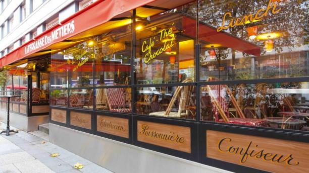 Restaurant la terrasse des m tiers paris 12e for Restaurant terrasse lyon
