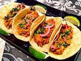 Tacos y Tapas