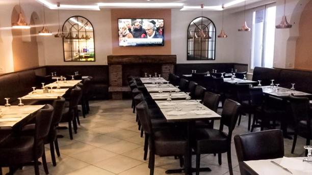 Les Deux Frères Salle du restaurant