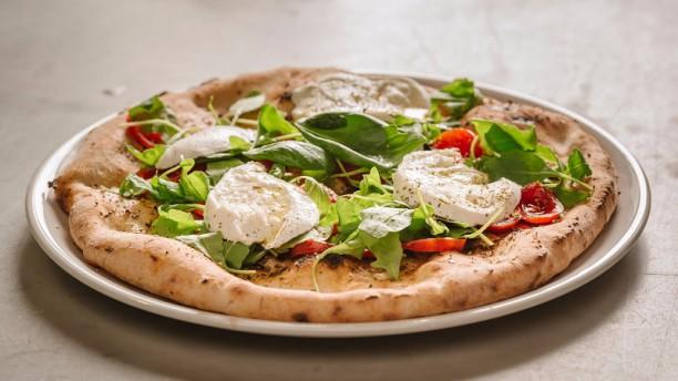 Pizza Garage Novara Piatto