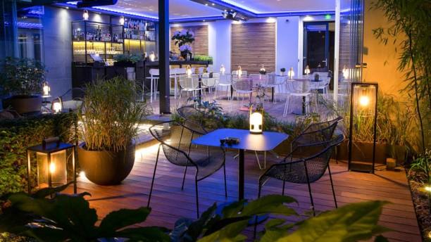 Hotel spa la belle juliette h tel 92 rue du cherche for Restaurant jardin 92