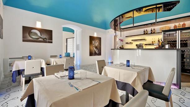Zafran Restaurant La sala