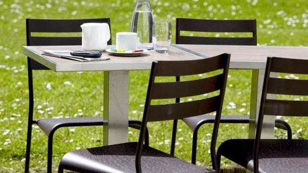 Restaurant Campanile Tarbes Bastillac Terrasse