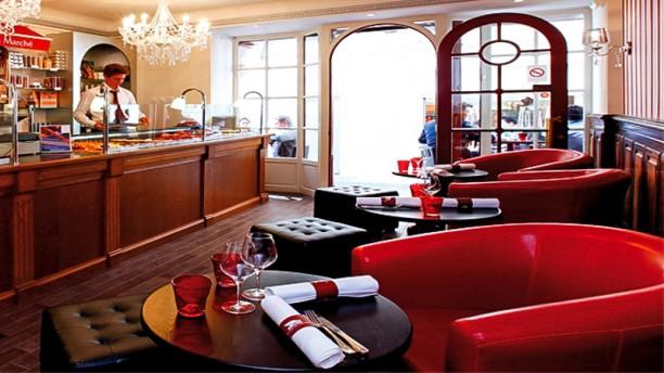 Restaurant la table du march saint tropez 83990 avis menu et prix - Restaurant la table du 20 eybens ...