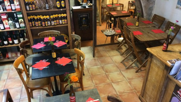Le Clan des Cigales Salle restaurant