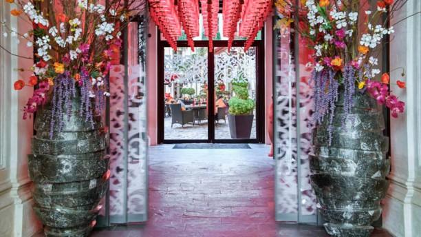 Le Vraymonde - Buddha-Bar Hotel Paris entrée