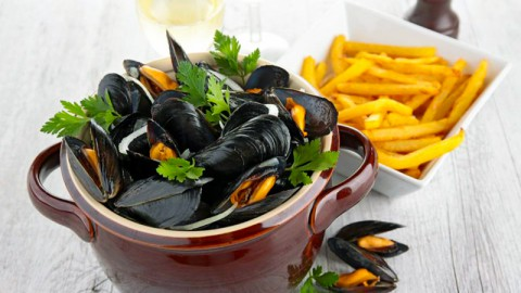 Moules and Chips, Lyon