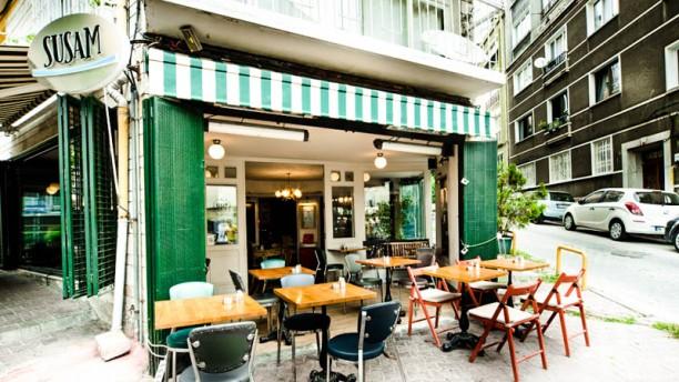 Susam Cafe The entrance