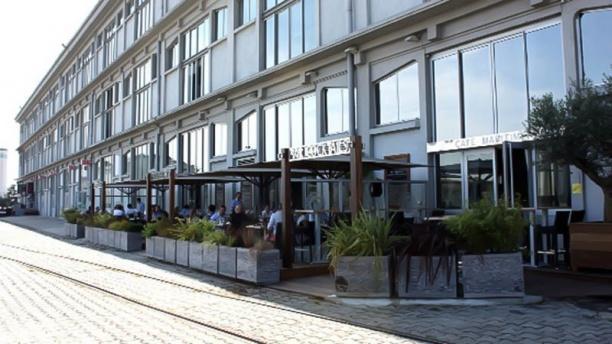 Café Maritime exterieur