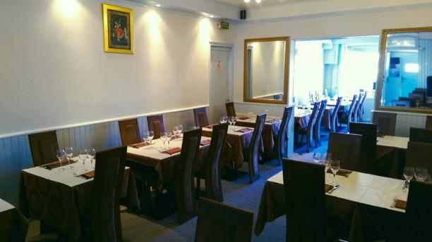 Omkara Salle du restaurant