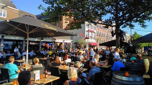 Restaurant Binnen Breda Terras