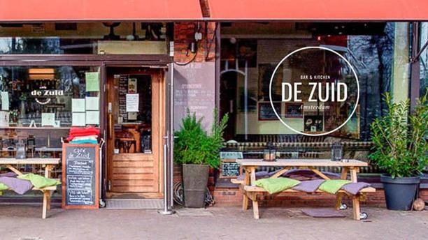Bar & Kitchen DE ZUID Amsterdam Ingang