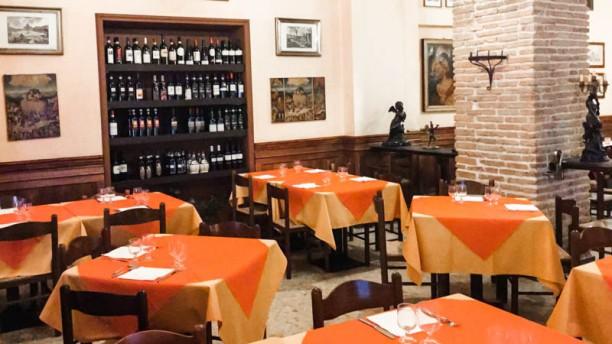 Taverna Parione La sala