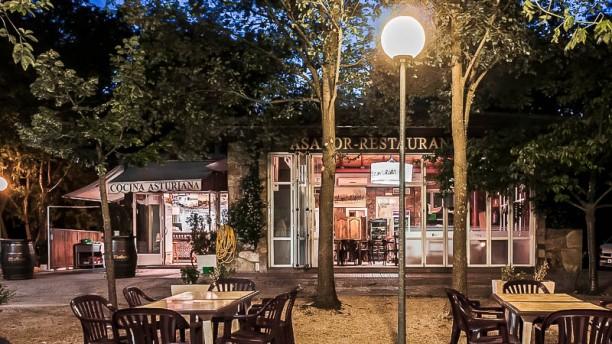 Restaurante la bicicleta en madrid moncloa aravaca for La casa encendida restaurante madrid