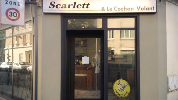 Scarlett et le Cochon Volant Entrée