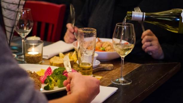 De Vang - eten & drinken Tafel