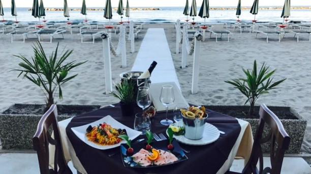 Marina beach in spiaggia a lido adriano menu prezzi - Bagno marina beach lido adriano ...