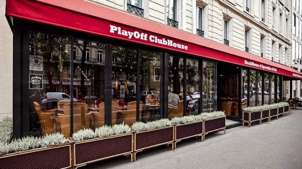 PlayOff Wagram exterieur